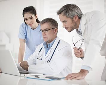 medicos com computador
