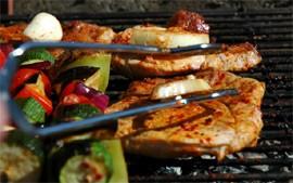 Prepare um barbecue seguro e saudável